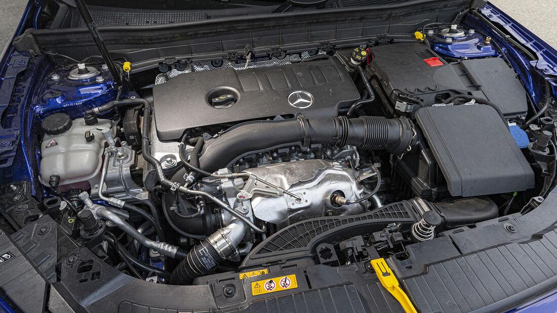 Mercedes GLB 250 4matic Progressive, Interieur