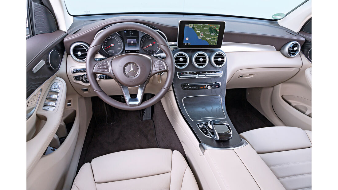 Mercedes GLC 250 d 4Matic, Cockpit