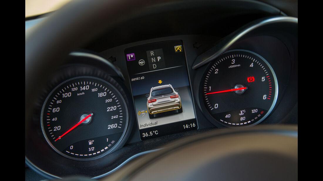 Mercedes GLC 250d 4Matic - Fahrbericht - Kompakt-SUV - Instrumententafel