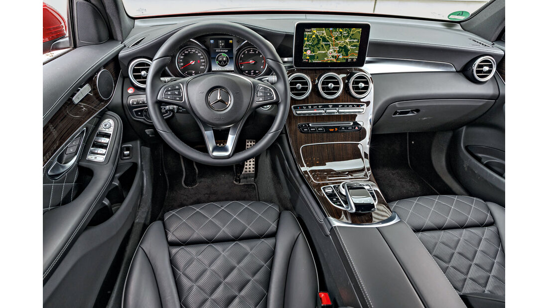 Mercedes GLC 300 4Matic Coupé, Cockpit