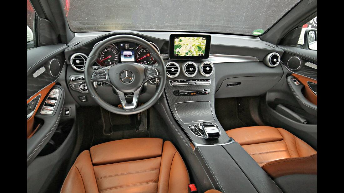 Mercedes GLC 350 e 4Matic, Cockpit