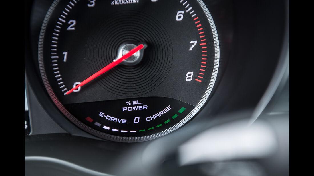 Mercedes GLC 350 e, Anzeigeinstrument