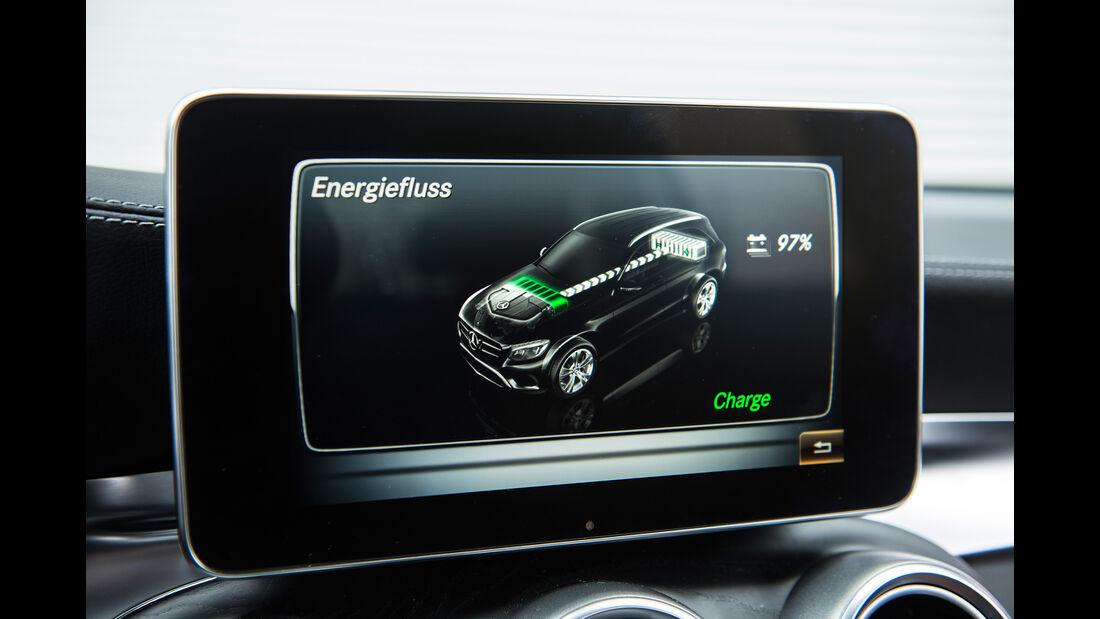 Mercedes GLC 350 e, Monitor, Infotainment