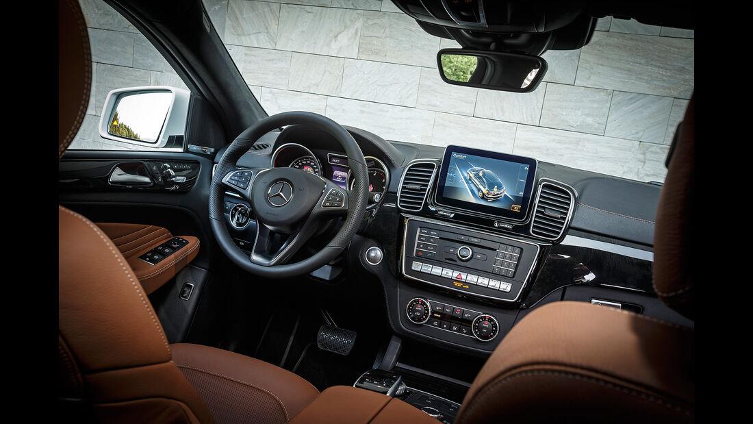 Mercedes GLE 350 d 4Matic Coupé, Innenraum, Cockpit