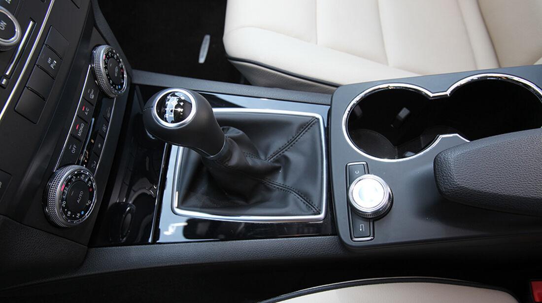 Mercedes GLK 200 CDI, Cockpit