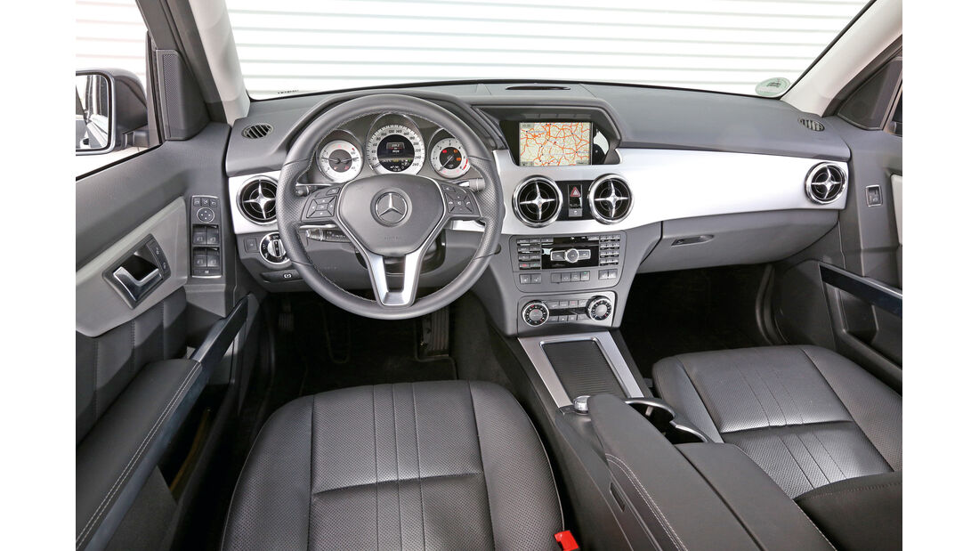 Mercedes GLK 220 CDI, Cockpit, Lenkrad
