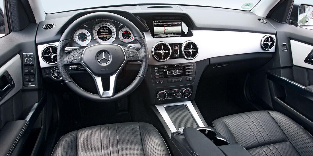 Mercedes GLK 250 Bluetec 4-Matic, Lankrad, Cockpit