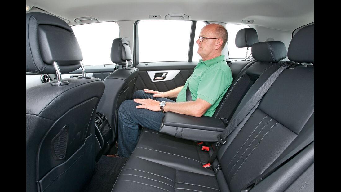 Mercedes GLK 250 Bluetec 4-Matic, Rücksitz, Armlehne