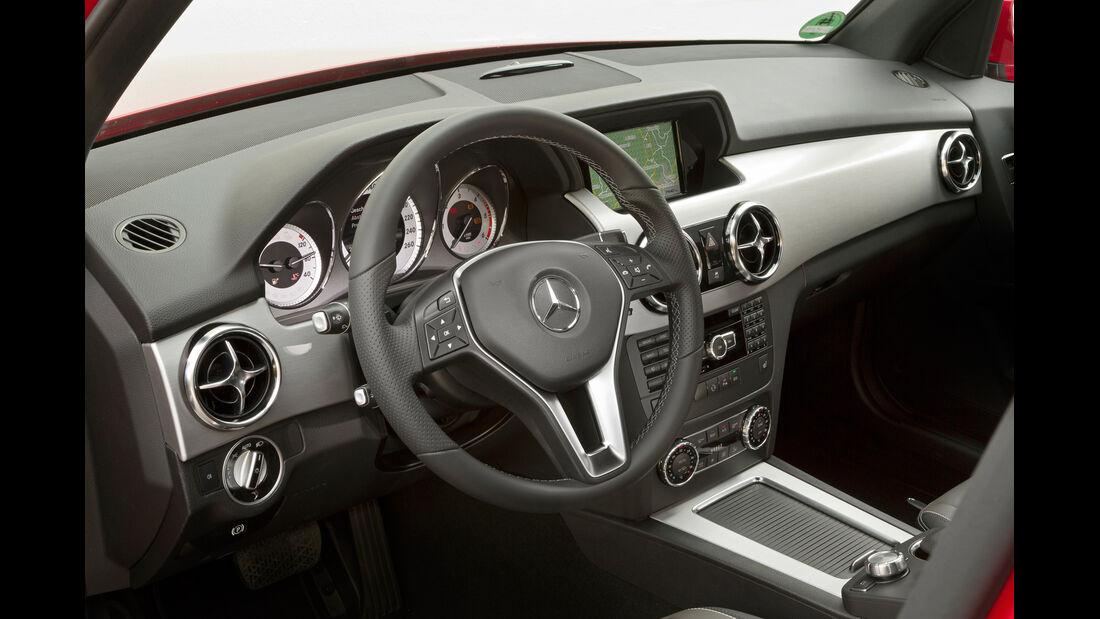 Mercedes GLK, Cockpit, Lenkrad