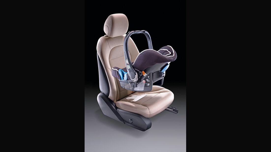 Mercedes GLK Coupé, Kindersitz