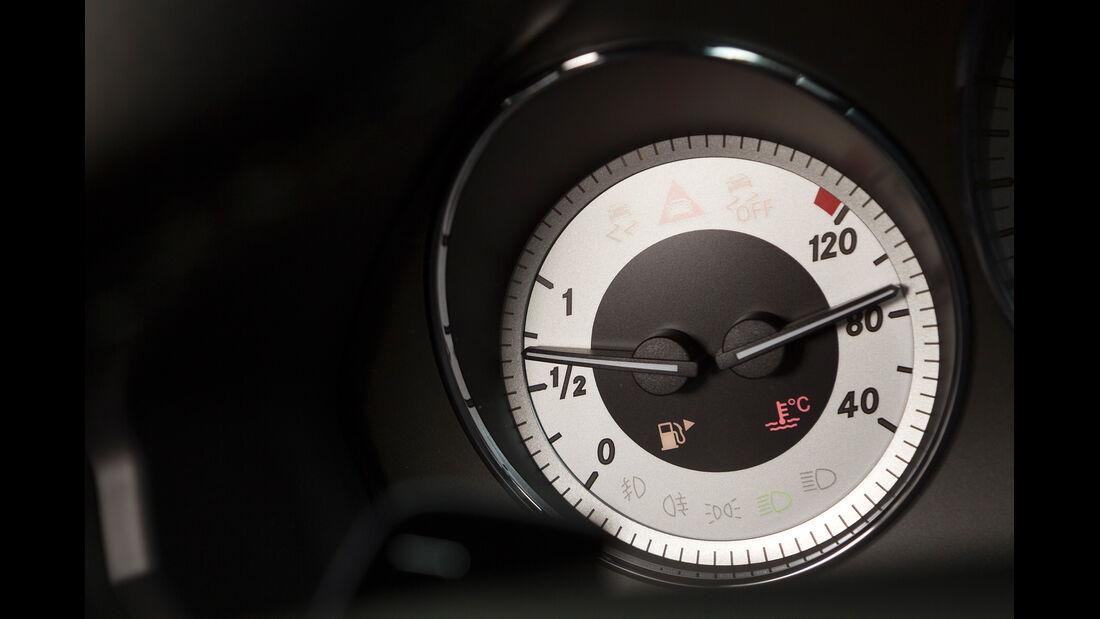Mercedes GLK, Temperaturanzeige