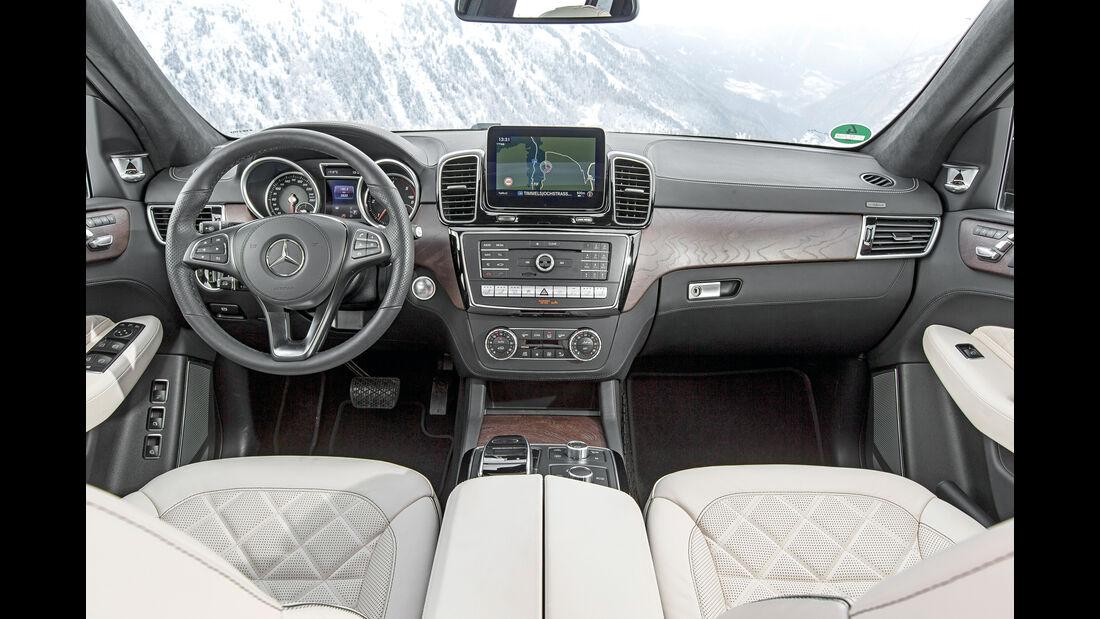 Mercedes GLS 350 d, Cockpit