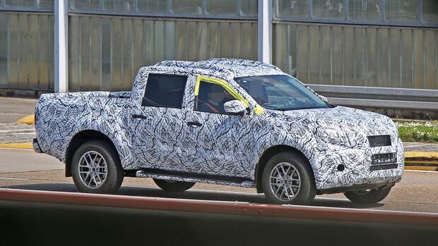 Mercedes GLT Pickup Erlkönig
