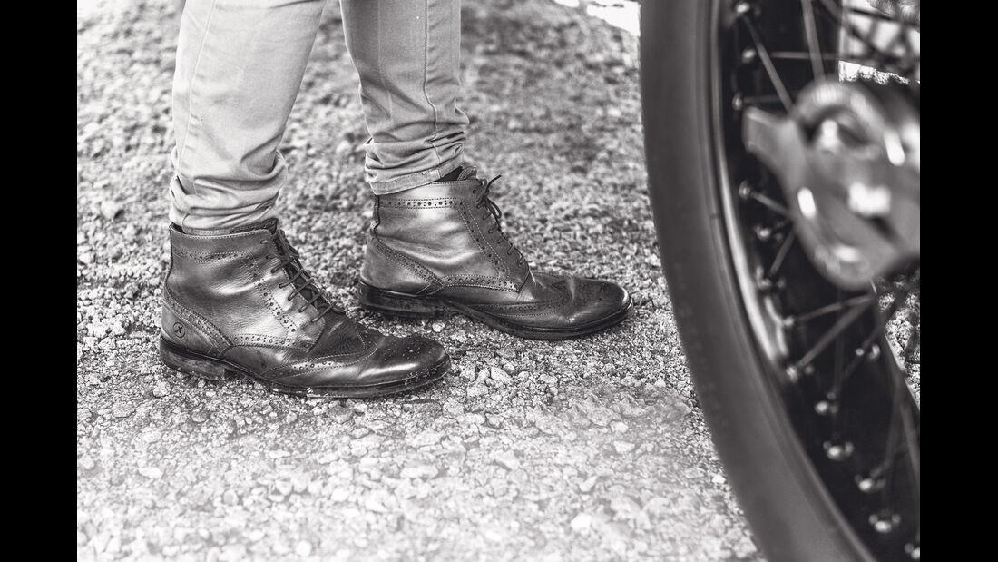 Mercedes GP 1914, Schuhe