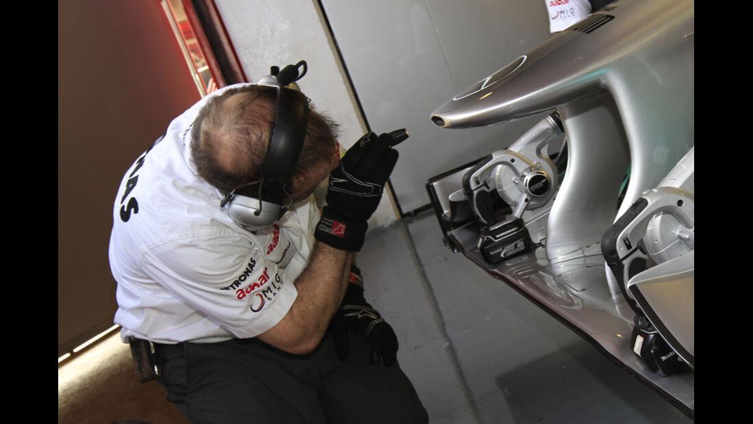Mercedes GP Frontflügel 2011