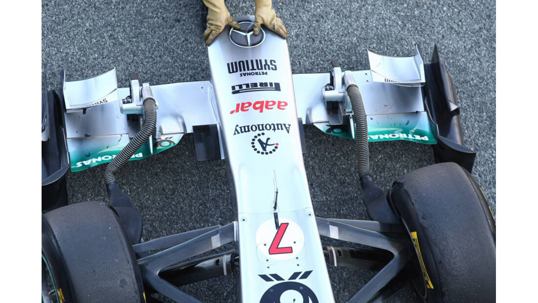 Mercedes GP W02 Technik Nase Test 2011