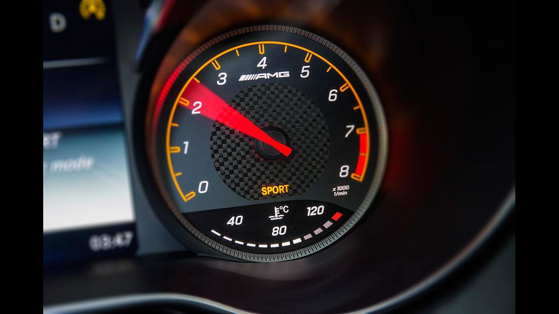 Mercedes GT AMG, Innenraum, Cockpit, Drehzahlmesser