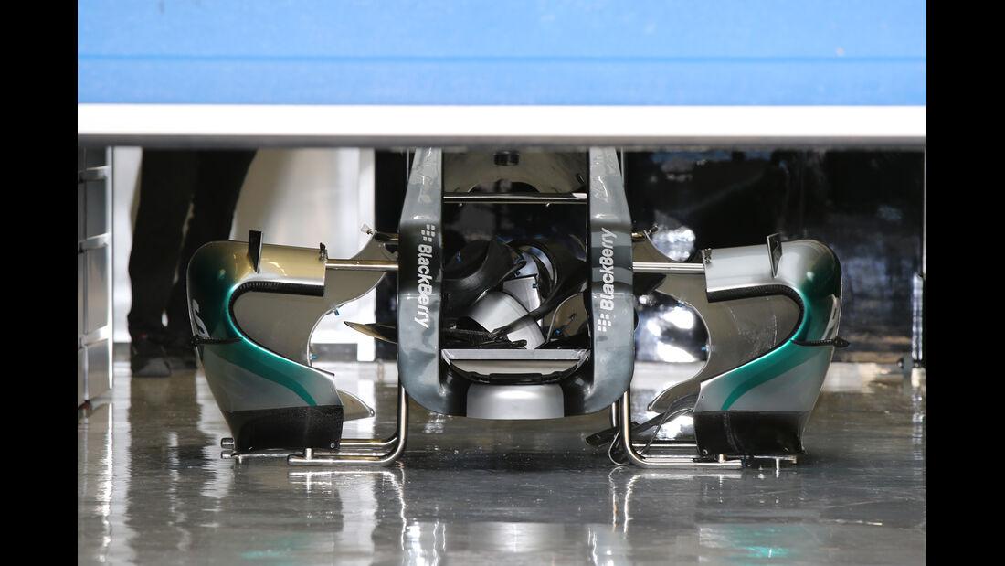 Mercedes - Jerez Test 2015