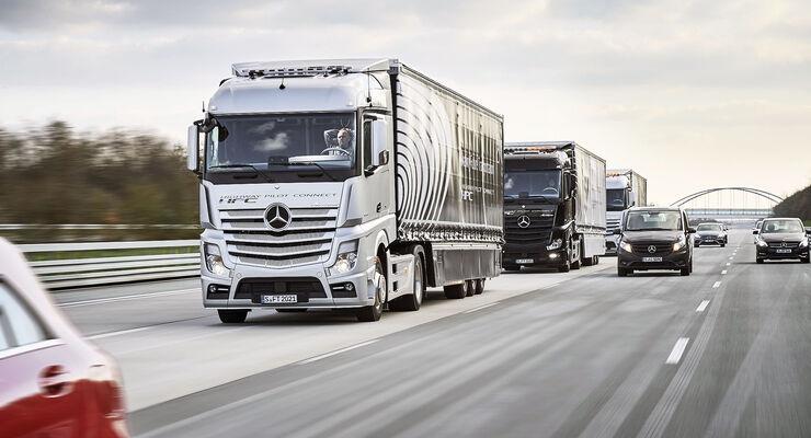 Mercedes Lkw-Vernetzung / autonomes fahren