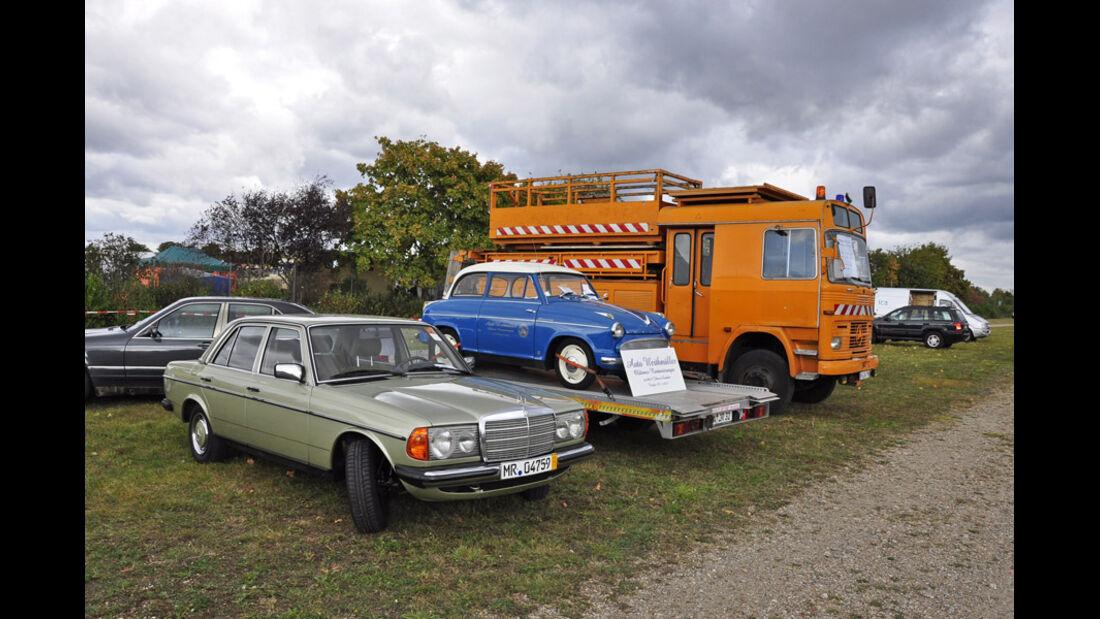 Mercedes, Lloayd Alexander und Oberleitungswagen  auf der Veterama Mannheim 2011 - Marktplatz