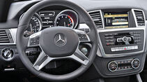 Mercedes ML 250 Bluetec, Cockpit