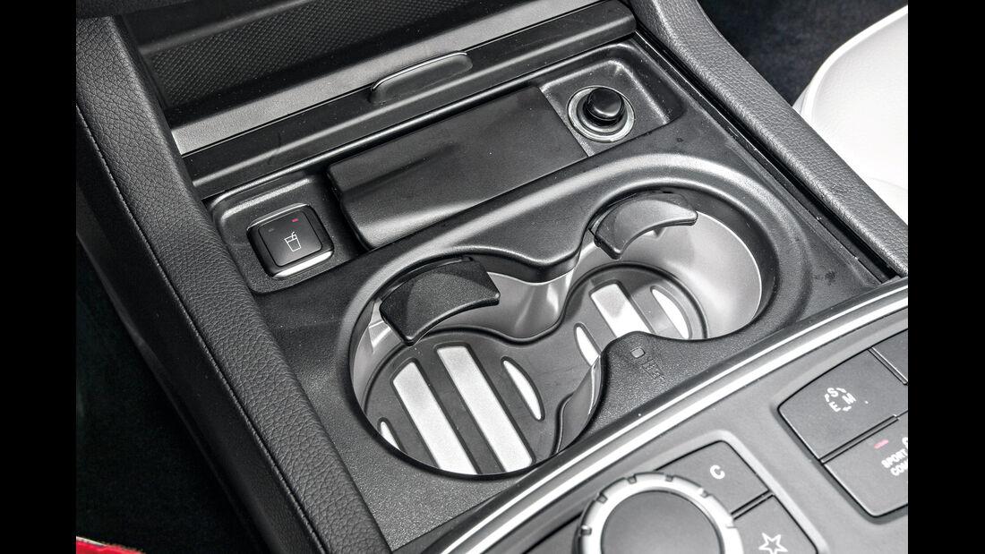 Mercedes ML 250, Getränkehalter