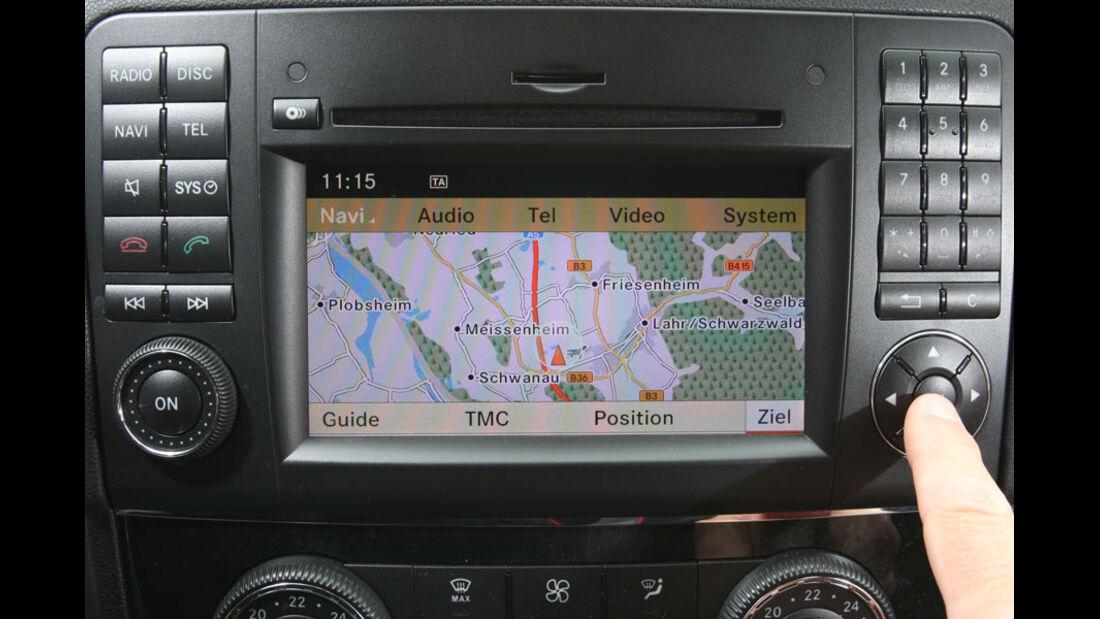 Mercedes ML 350 Bluetec, Navigationssystem