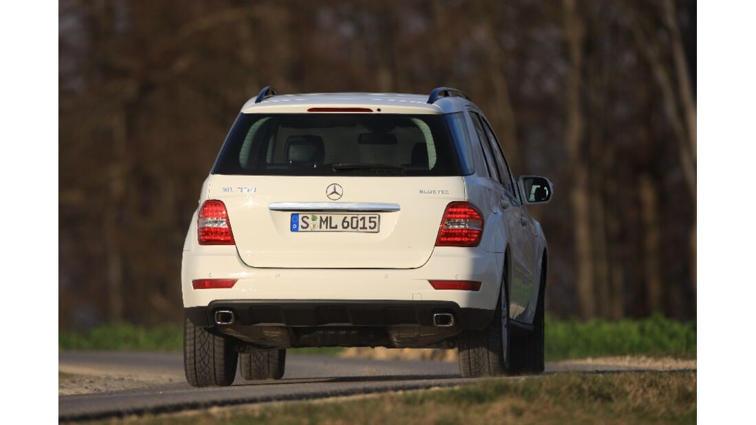Mercedes ML 350 Bluetec und Range Rover Sport 3.0 TDV6