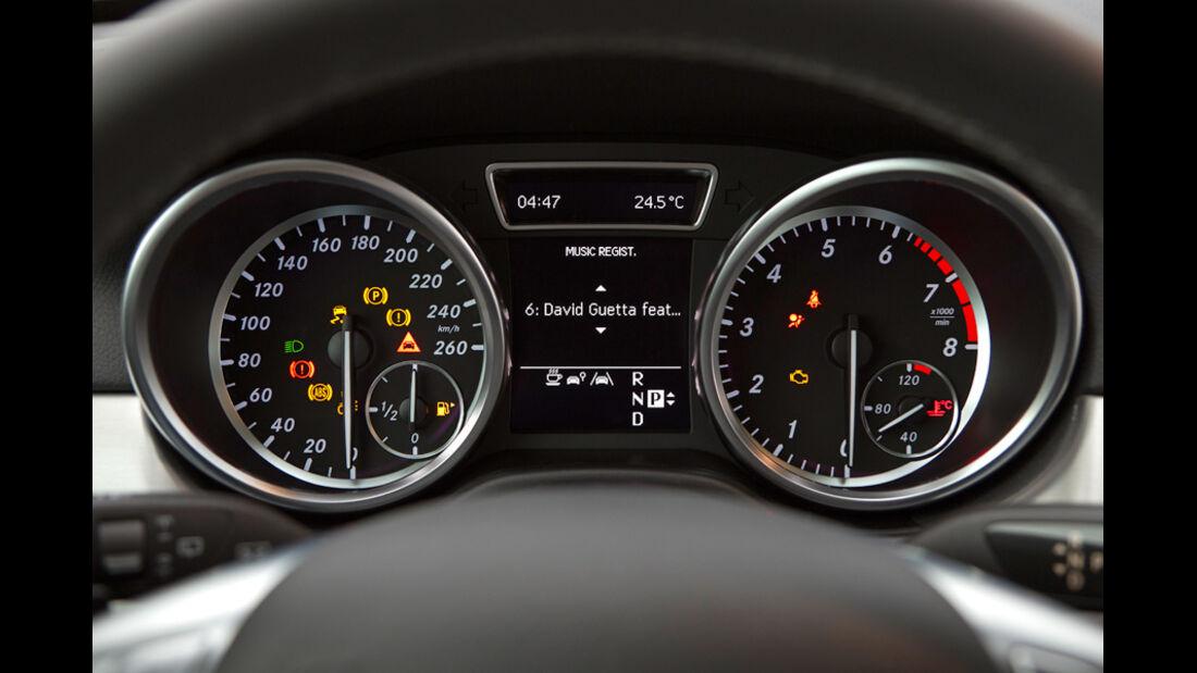 Mercedes ML 350, Tacho, Anzeigeinstrumente