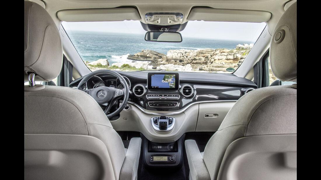 Mercedes Marco Polo, Cockpit
