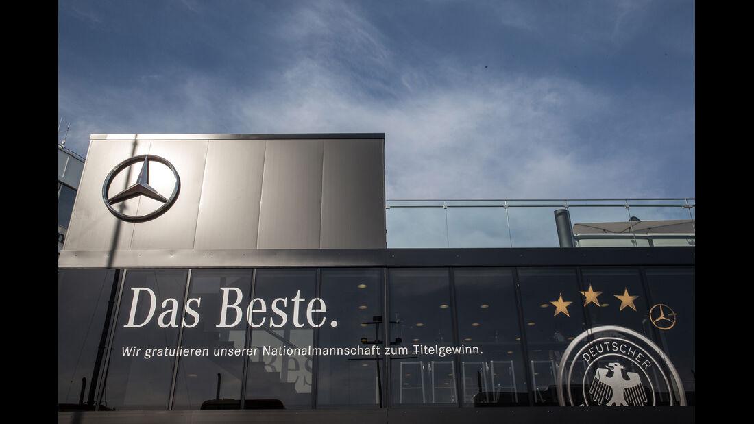 Mercedes-Motorhome - GP Deutschland 2014 - Danis Bilderkiste