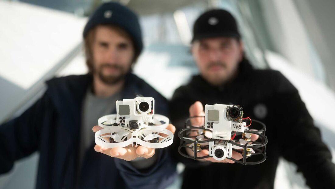 Mercedes Museum Mini Drohne