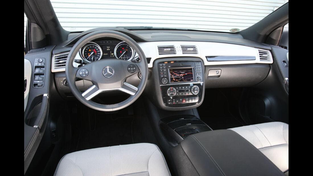 Mercedes R 350 CDI 4Matic, Cockpit