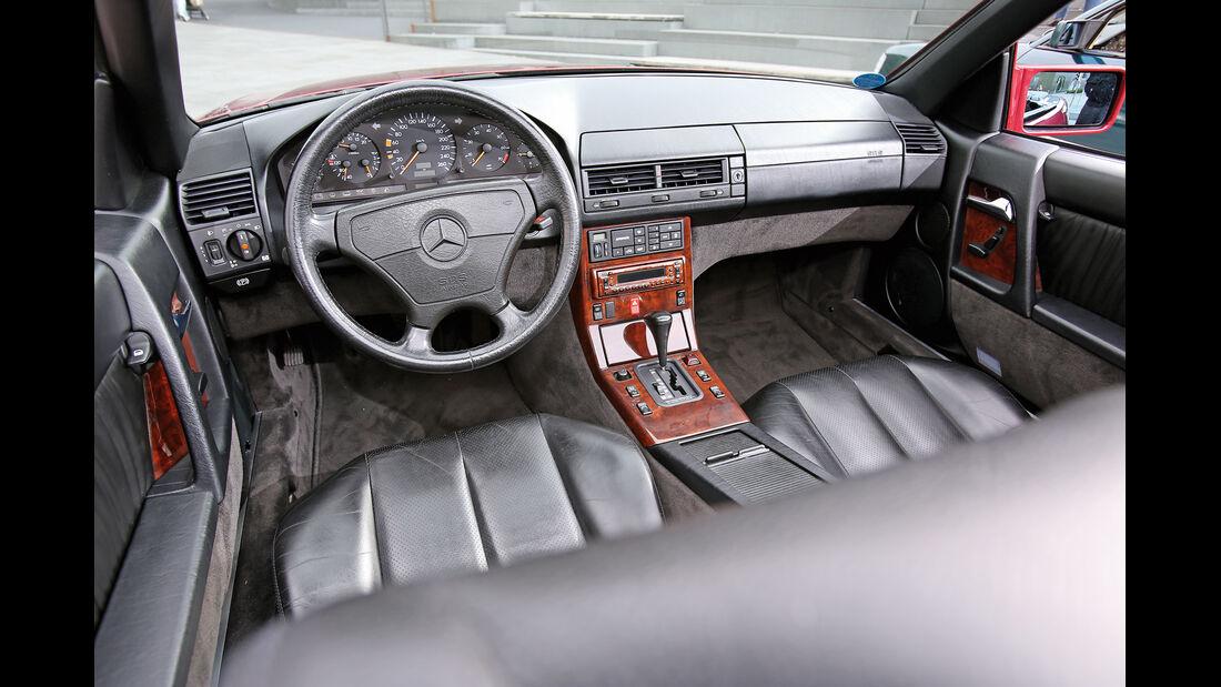 Mercedes R129, Cockpit