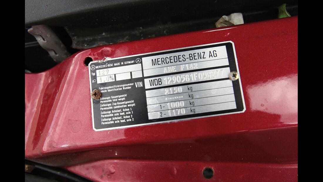 Mercedes R129, Plakette