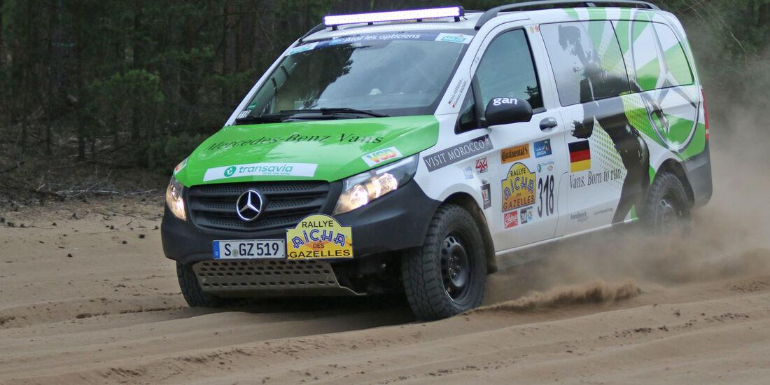 Mercedes Rallye-Vito Aicha des Gazelles im Fahrbericht