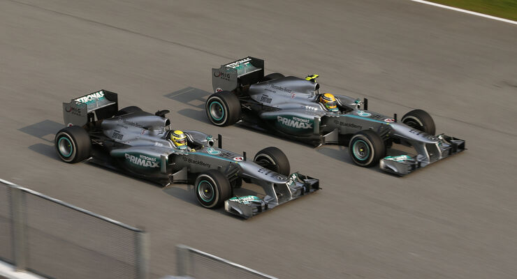 Mercedes Rosberg Hamilton GP Malaysia 2013
