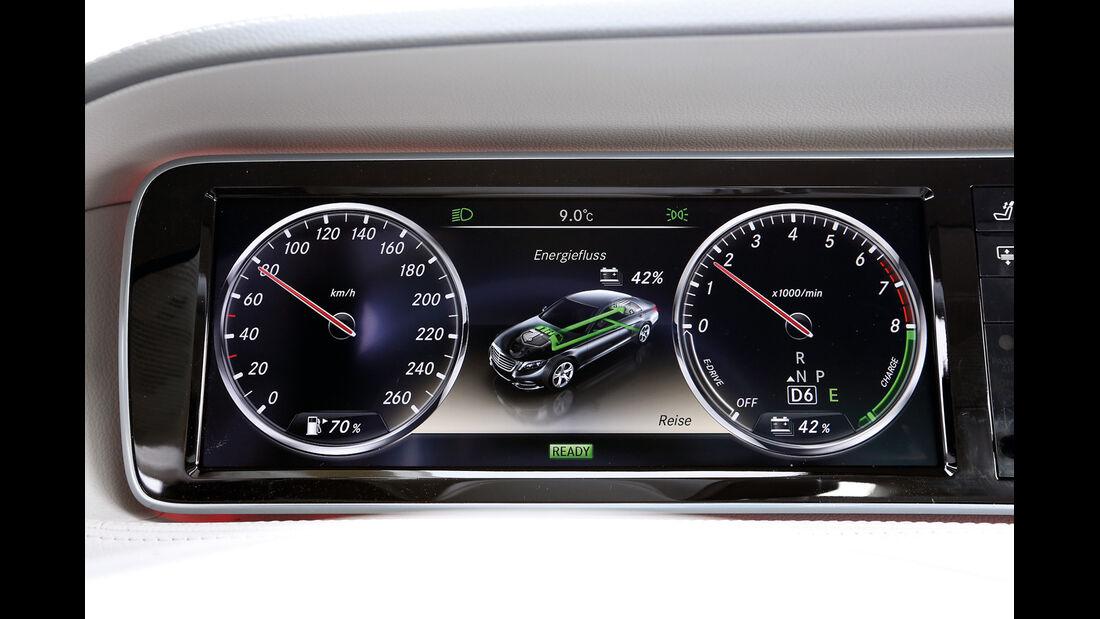 Mercedes S 400 Hybrid, Anzeigeinstrumente