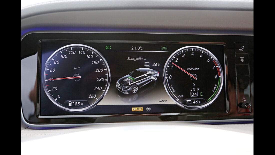 Mercedes S 400 Hybrid, Display, Infotainment