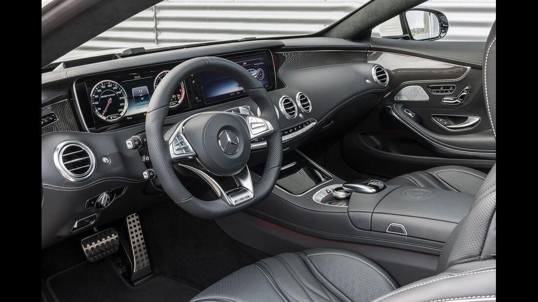 Mercedes S 500 4Matic Coupé, Cockpit