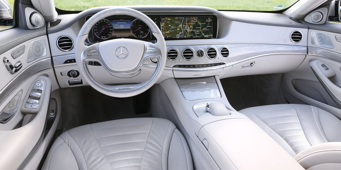 Mercedes S 500 L, Cockpit
