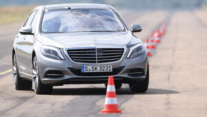 Mercedes S 500 L, Frontansicht, Slalom