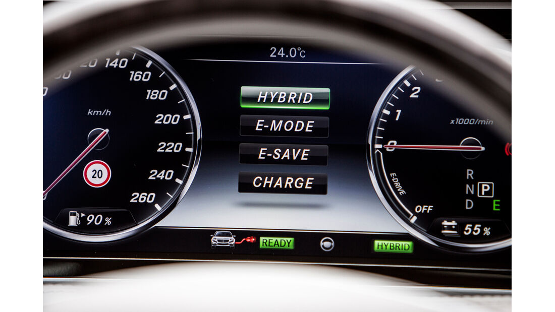 Mercedes S 500 Plug-in-Hybrid lang, Anzeige, Infotainment