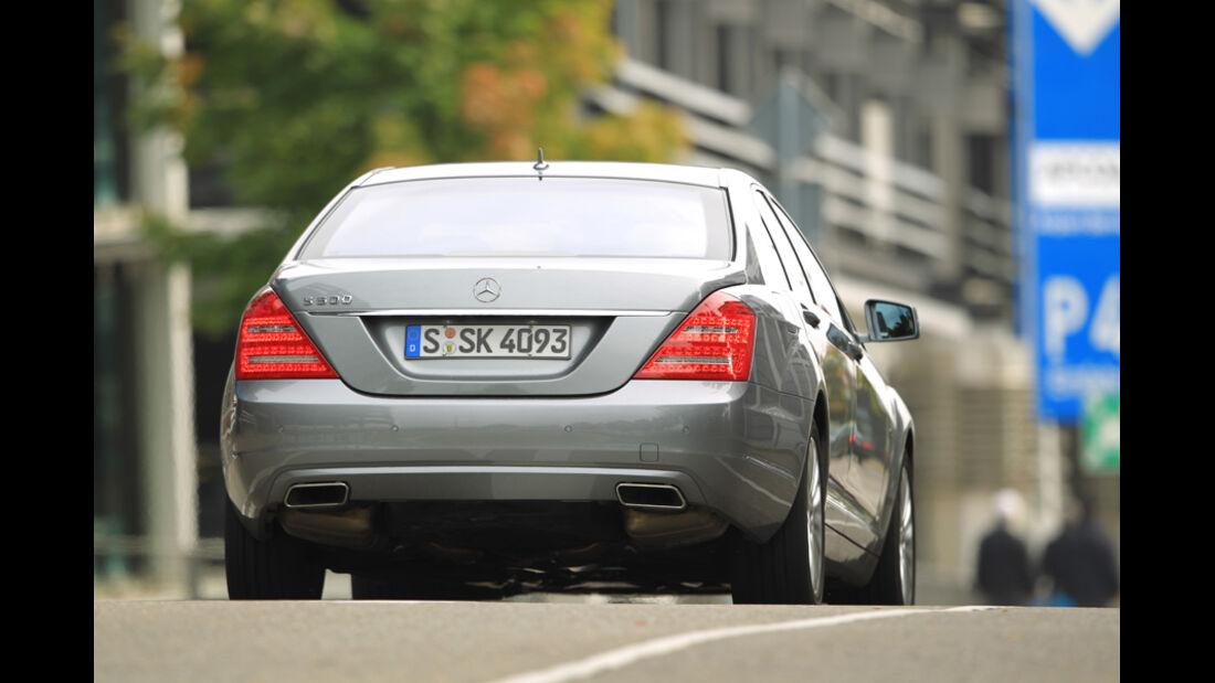 Mercedes S 500, Rückansicht