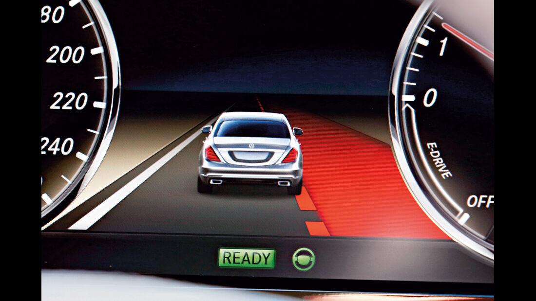 Mercedes S-Klasse, Display, Infotainment