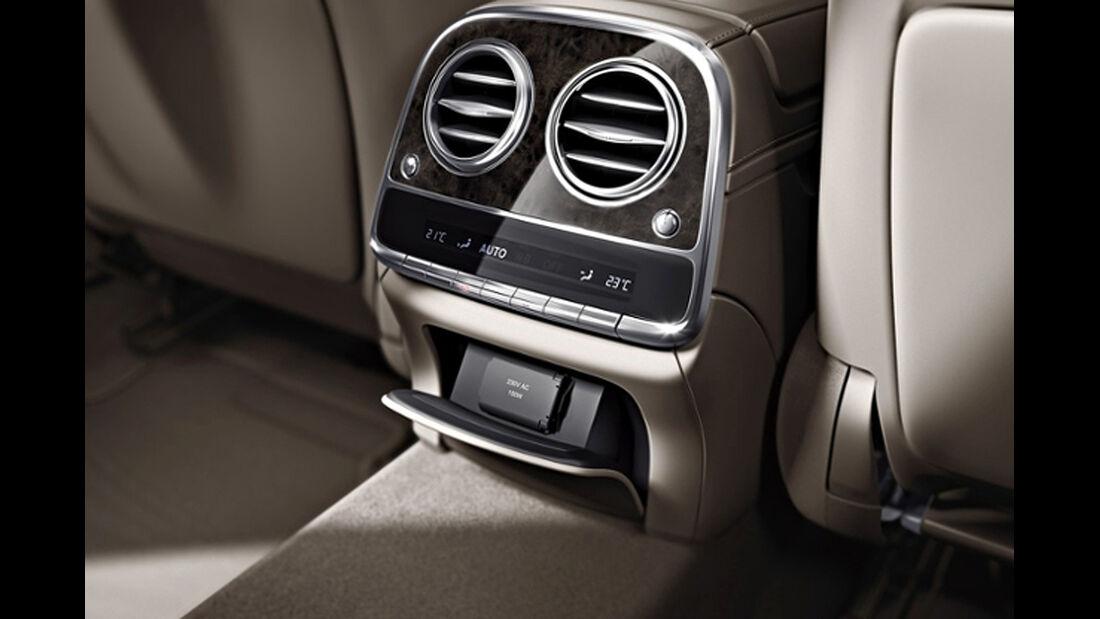 Mercedes S-Klasse, Fond, Klimaautomatik, Steckdose
