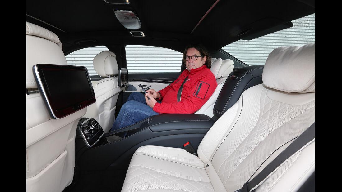 Mercedes S-Klasse, Rücksitz, Beinfreiheit