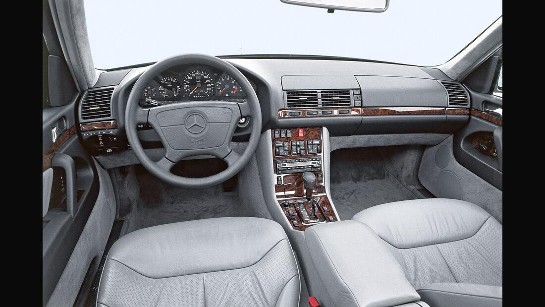 Mercedes S-Klasse W140, Cockpit