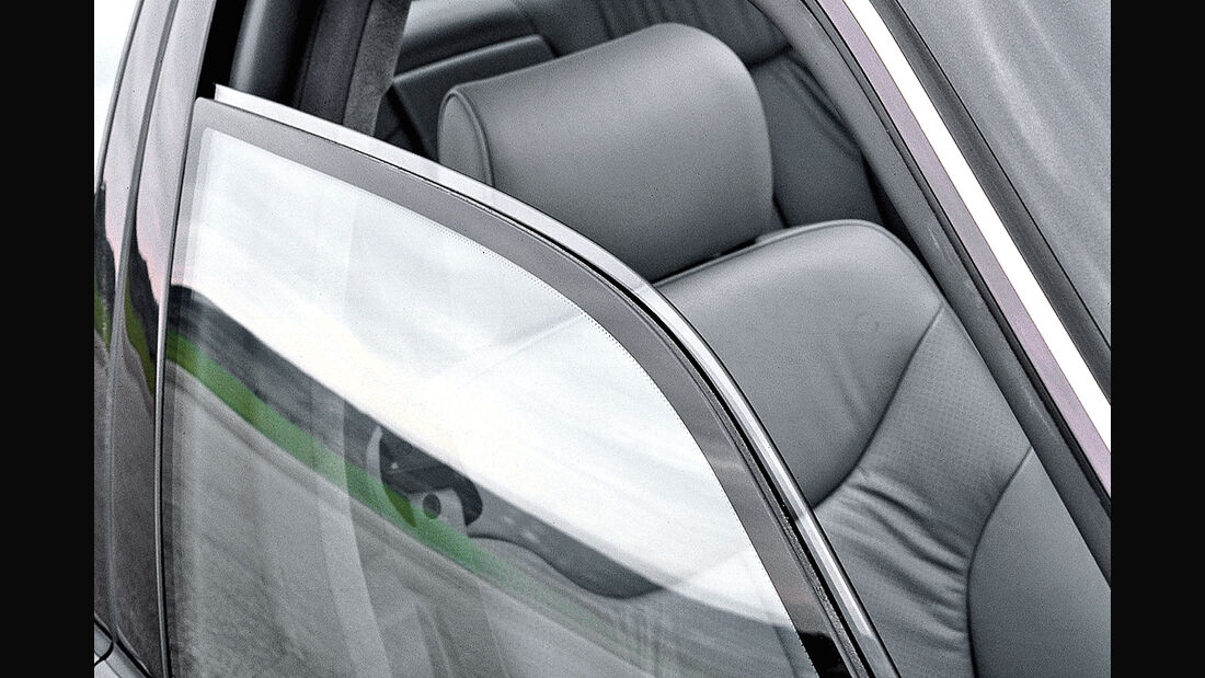 Mercedes S-Klasse W140, Isolierglas