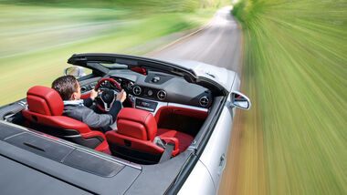 Mercedes SL 350, Draufsicht, Cockpit